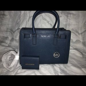 Michael Kors Bags - Michael kors purse with mini wallet
